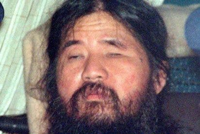 Japón ahorca a Shoko Asahara; el asesino del atentado con gas sarín en el metro de Tokio