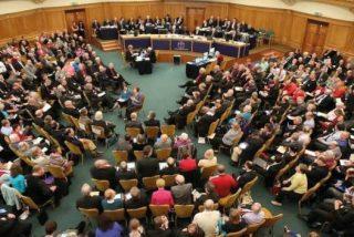 """Católicos y anglicanos apuestan por dar """"voz y voto"""" a los laicos en la toma de decisiones"""