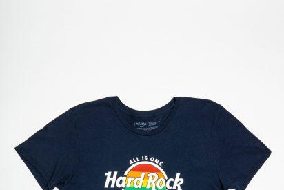 Hard Rock Cafe Barcelona diseña y pone a la venta una camiseta de edición limitada con motivo del Pride 2018
