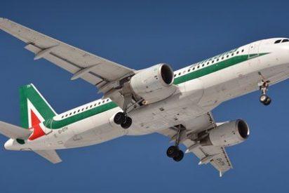 Piloto intenta esconder que está vapeando y hace que el avión descienda 6.000 metros en caída libre