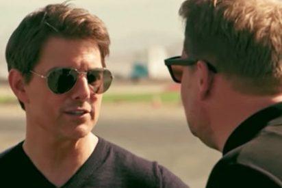 Tom Cruise desafía a un presentador a saltar en caída libre desde 4.500 metros