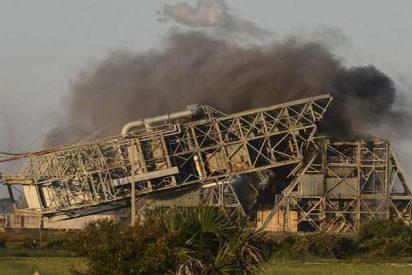 Así derriba EE.UU. dos históricas torres de lanzamiento de Cabo Cañaveral
