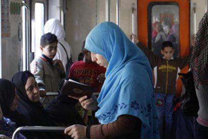 Polémica por esta grabación de un niño de 9 años al mando de un tren en Egipto