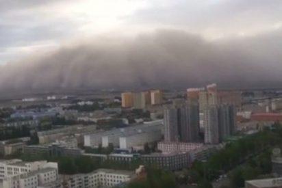 Esta impresionante tormenta de arena creó un escenario apocalíptico en el sur de China