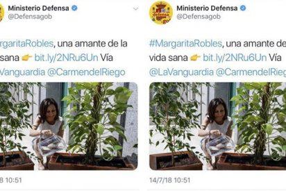 Esta foto de la ministra Margarita Robles regando plantas que tuiteó Defensa era un burdo montaje