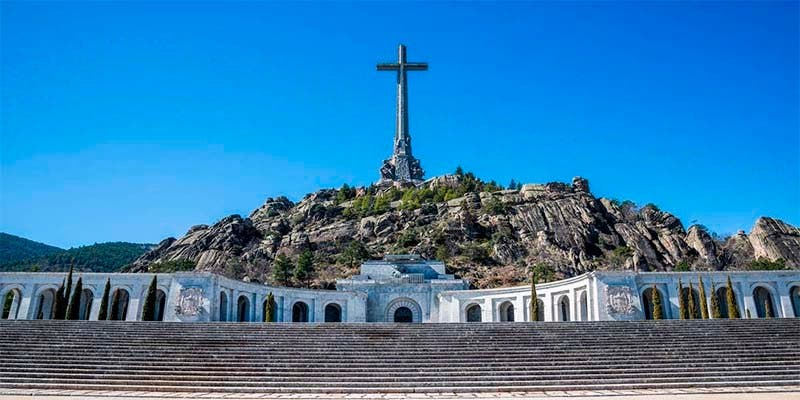Podemos pretende echar a los monjes benedictinos de la Basílica del Valle de los Caídos