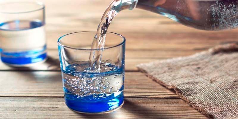 El 77% de los mayores confiesan que no beben la cantidad de líquidos suficientes