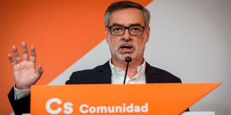 El 'naranja' Villegas suelta zumo de bilis con el resultado de las primarias del PP