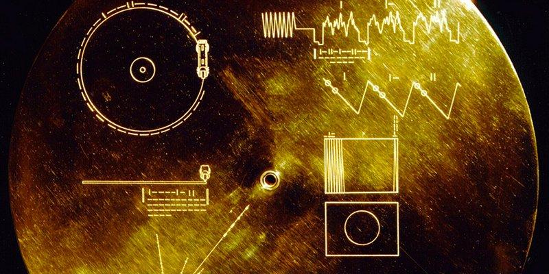 Algo o alguien ha hackeado la Voyager 2