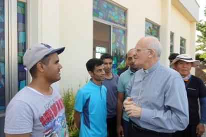 El Papa dona 10.000 euros a un obispo surcoreano defensor de los refugiados yemeníes