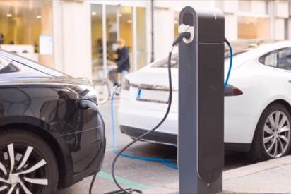 ¿Sabes por qué el FMI cree que se retrasará el lanzamiento de los coches eléctricos?
