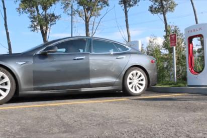 ¿Sabías que en los Tesla Center que tienen supercargadores puedes entrar y quedarte a dormir?