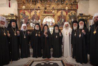 Cumbre ortodoxa en Estambul: Kiril pide a Bartolomé que no reconozca a la Iglesia de Kiev