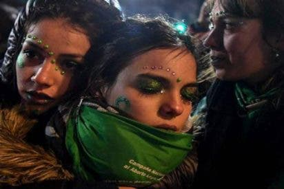 Arden las calles en Argentina tras el rechazo del Senado a legalizar el aborto
