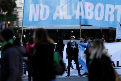 Así fueron las manifestantes contra el aborto legal en Argentina