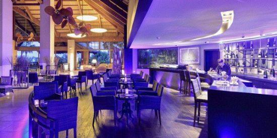 Smoking Jazz, champagne y sushi en un marco incomparable de Alicante