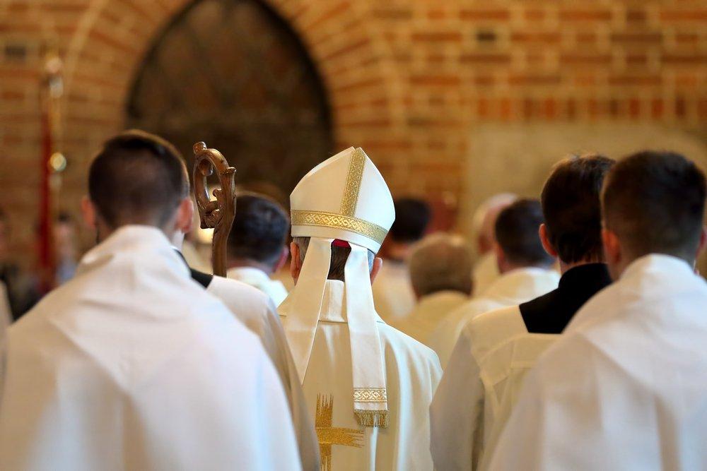 """Jorge Costadoat, sj.: """"Cardenal Ezzati escucha la voz del pueblo"""""""