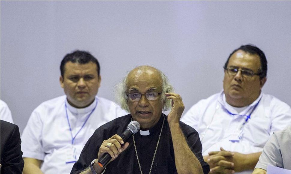 """El cardenal Brenes califica de """"lamentable"""" el ataque xenófobo a nicaragüenses en Costa Rica"""