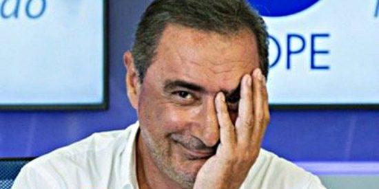 Carlos Herrera pone al rojo vivo la parrilla estival de COPE y da la peor noticia posible a la competencia
