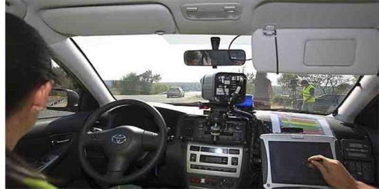 Está es la lista de los coches camuflados de la DGT, provincia a provincia, que te multan este verano