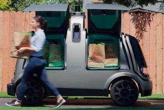 ¡Sorprendente! Ya es posible el reparto a domicilio con coches autónomos