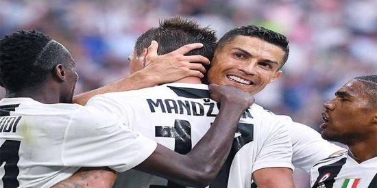 La extraña reacción de Cristiano Ronaldo en el segundo gol de la Juventus ante Lazio