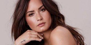 Elton John y Robert Downey Jr. hacen pública su batalla contra las drogas en apoyo a Demi Lovato
