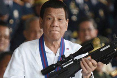 Duterte a los policías corruptos de Filipinas: '¡Hijos de p**a, realmente les mataré!'