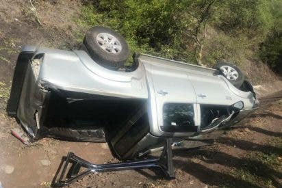 Un obispo nicaragüense sobrevive a un accidente de automóvil