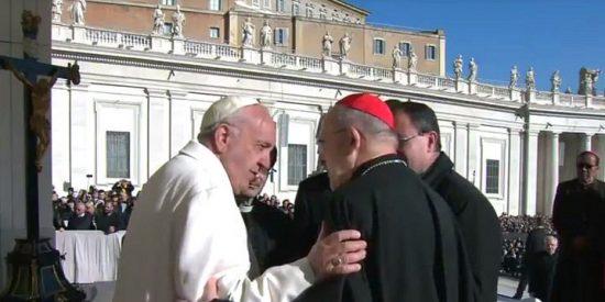 """Osoro defiende a Francisco: """"Eres valiente, estás con los pobres, abres los ojos, pides perdón"""""""
