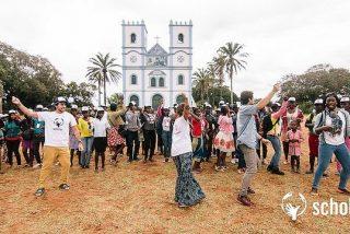Scholas lleva la experiencia de fútbol con valores a África