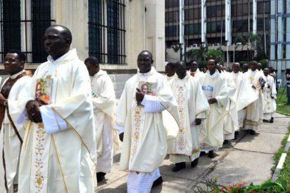 """""""El sacerdocio no debe ser un trampolín para el escape de África porque es pobre"""""""