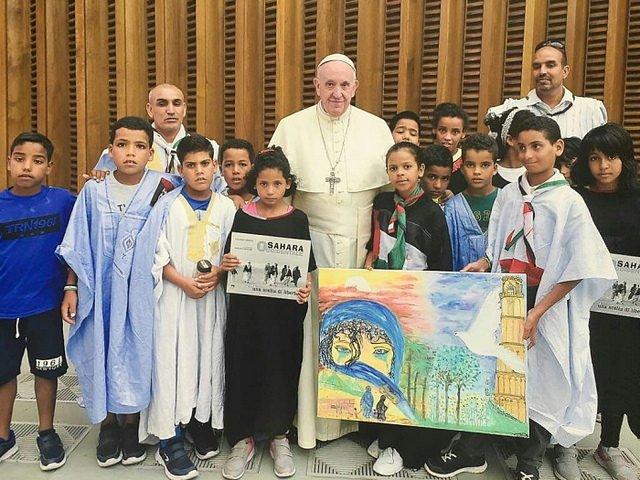 El Papa recibió a un grupo de niños saharauis