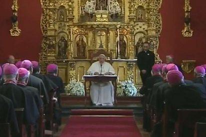 """Los obispos de Perú apoyan al Papa """"ante los intentos de desestabilizar a la Iglesia"""""""