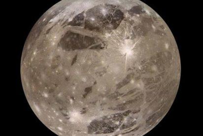Descubren que el satélite más grande de Júpiter 'canta' como un coro y emite ondas 'asesinas'