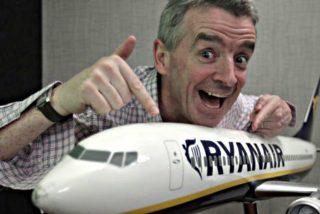 El juez condena a Ryanair por cobrar suplemento a una pasajera con bolso y maleta