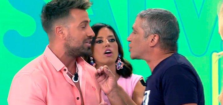 Gustavo González y Rafa Mora a punto de llegar a las manos en 'Sálvame'
