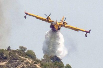 El incendio fuera de control arrasa 2.700 hectáreas en Valencia