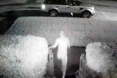 El 'Ninja desnudo' atrapó a un ladrón que le robaba su coche