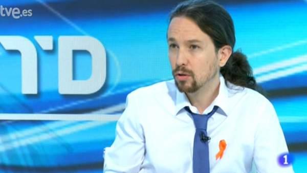 TVE manipula imágenes de Pablo Iglesias para fingir que está trabajando