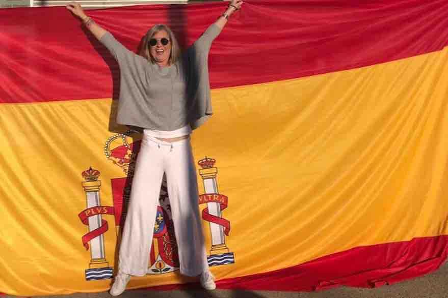 La cabo perseguida por Puigdemont recauda fondos y hunde a los Mossos independentistas