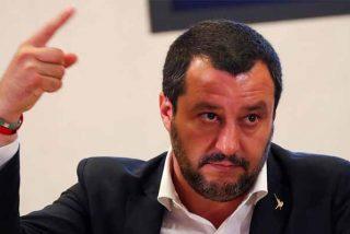 """Salvini acogerá a 29 inmigrantes menores pero advierte a Europa: """"En Italia no baja nadie más"""""""