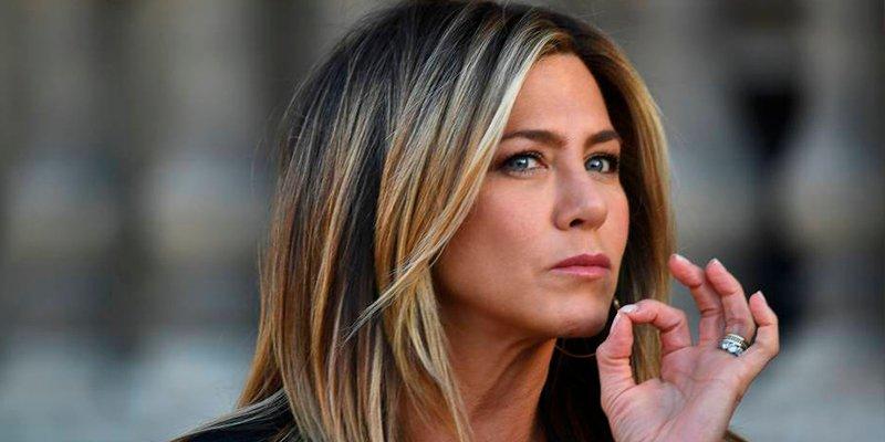 """Las críticas brutales contra la primera imagen de Jennifer Aniston en Instagram: """"Eso es cocaina"""""""
