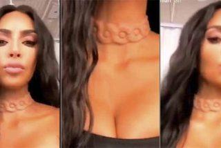 Kim Kardashian conmociona Internet luciendo un escalofriante collar 'alienígena'