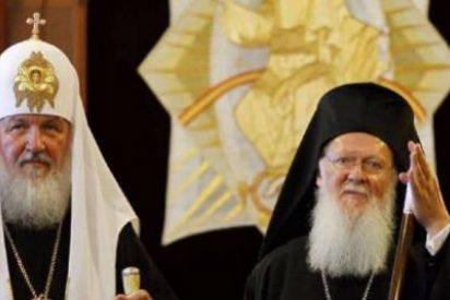 Cisma en la Iglesia Ortodoxa: Bartolomé informa a Kirill de que reconocerá a la Iglesia de Kiev