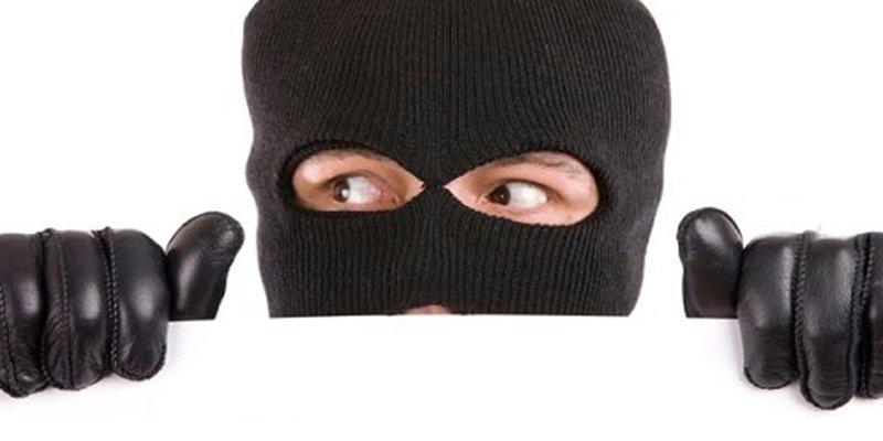 Estos son los mejores lugares para esconder tus objetos valiosos y que no te los roben los ladrones