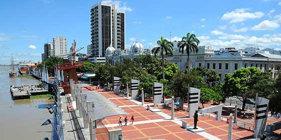 Qué ver en Guayaquil: Malecón Simón Bolívar