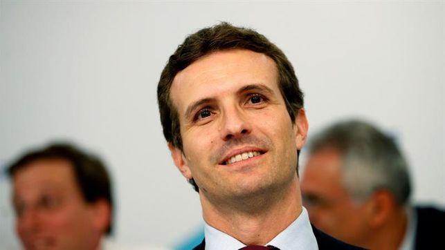 """Pablo Casado: """"Nicolás Maduro hace el ridículo y arruina a Venezuela"""""""