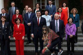 Melania Trump intenta hacer de jardinera y brotan los memes en la Red