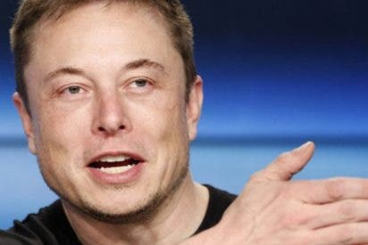 Musk publica este video en el que 'Hitler se entera' de que acciones de Tesla suben y estalla de rabia